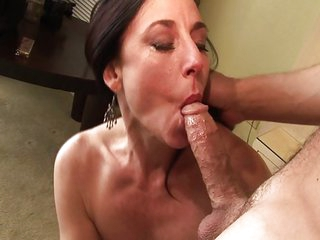 Stick it in her pussy
